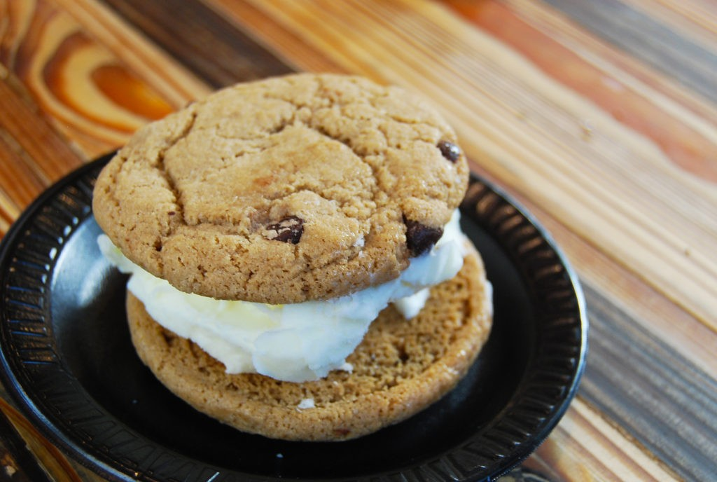 Ice cream sandwich with homemade chocolate chip cookies and sweet cream gelato