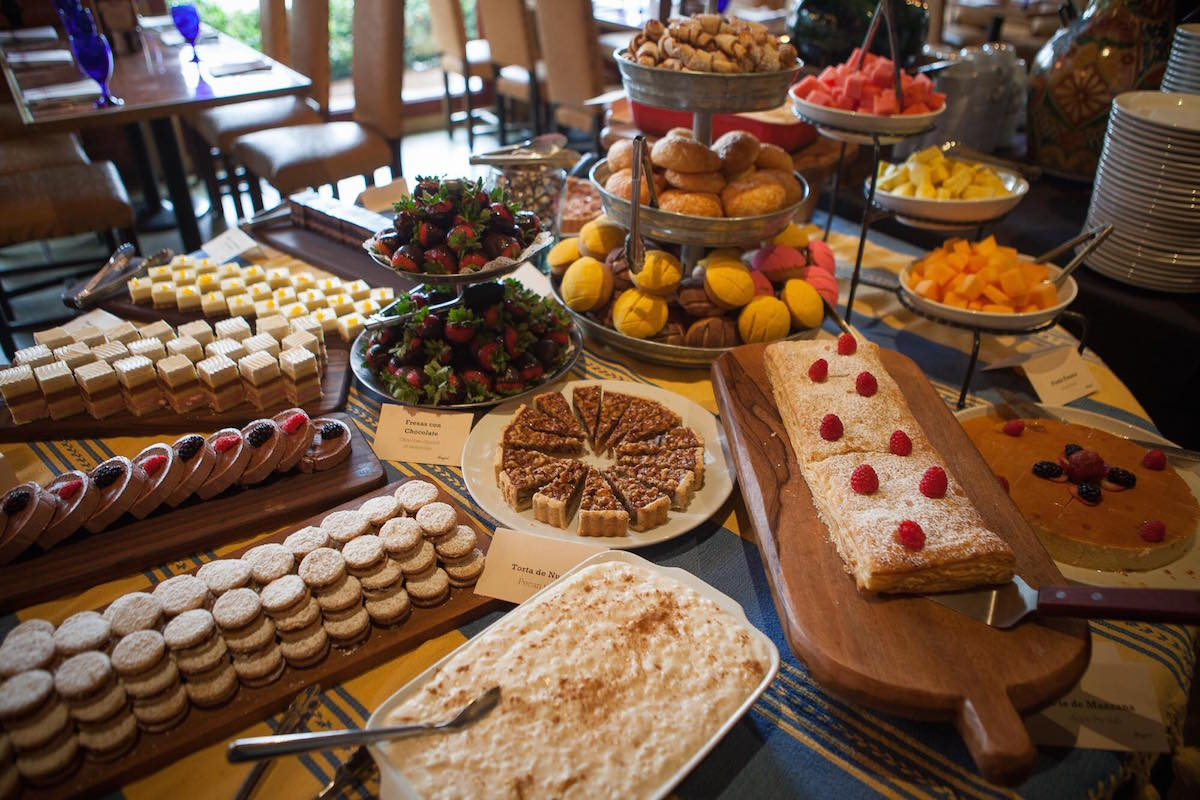 The houston food finder guide to mother s day dining for Table 52 brunch menu