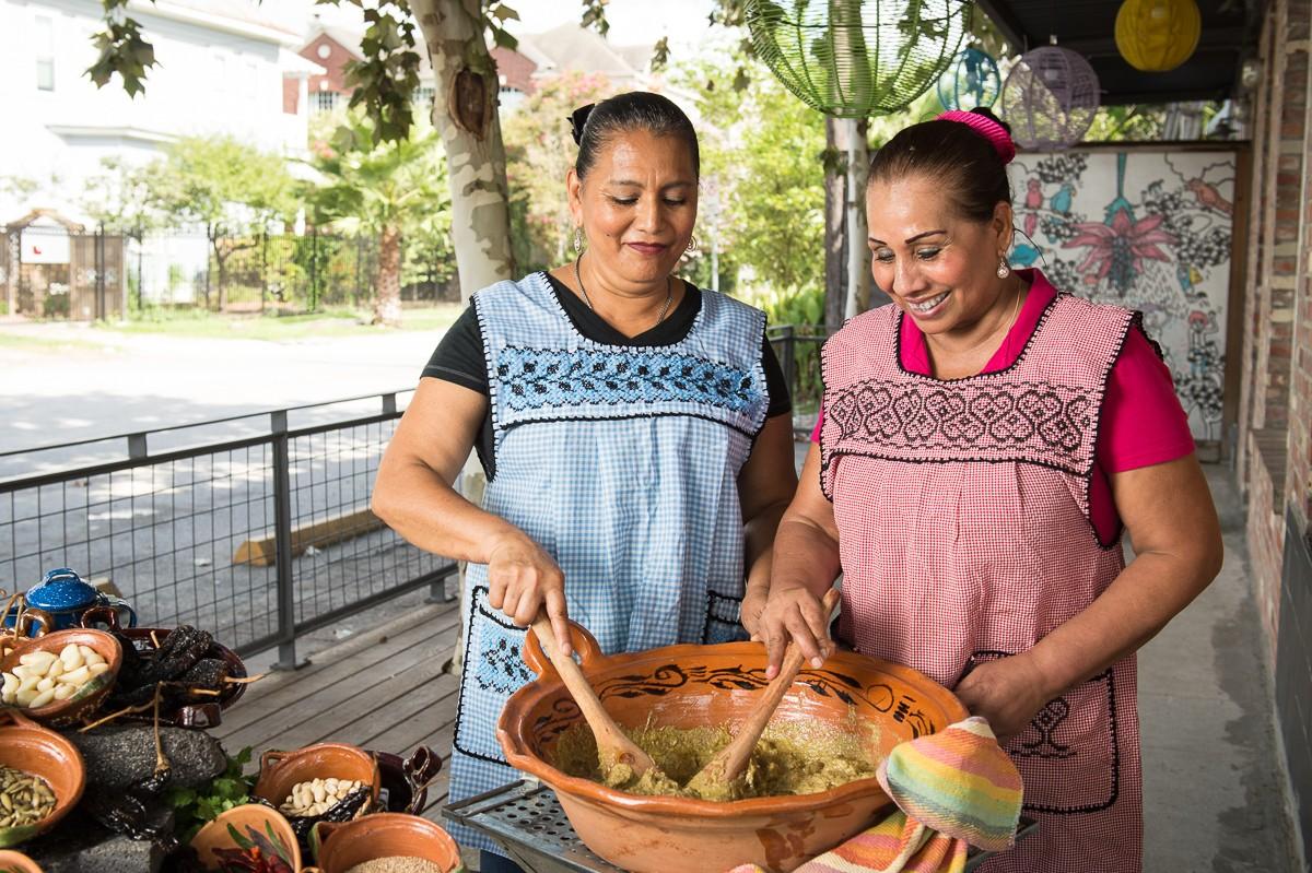 Cuchara's cooks