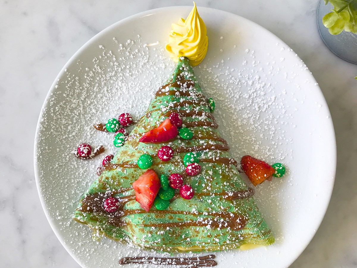 Sweet Paris The Grinch crepe