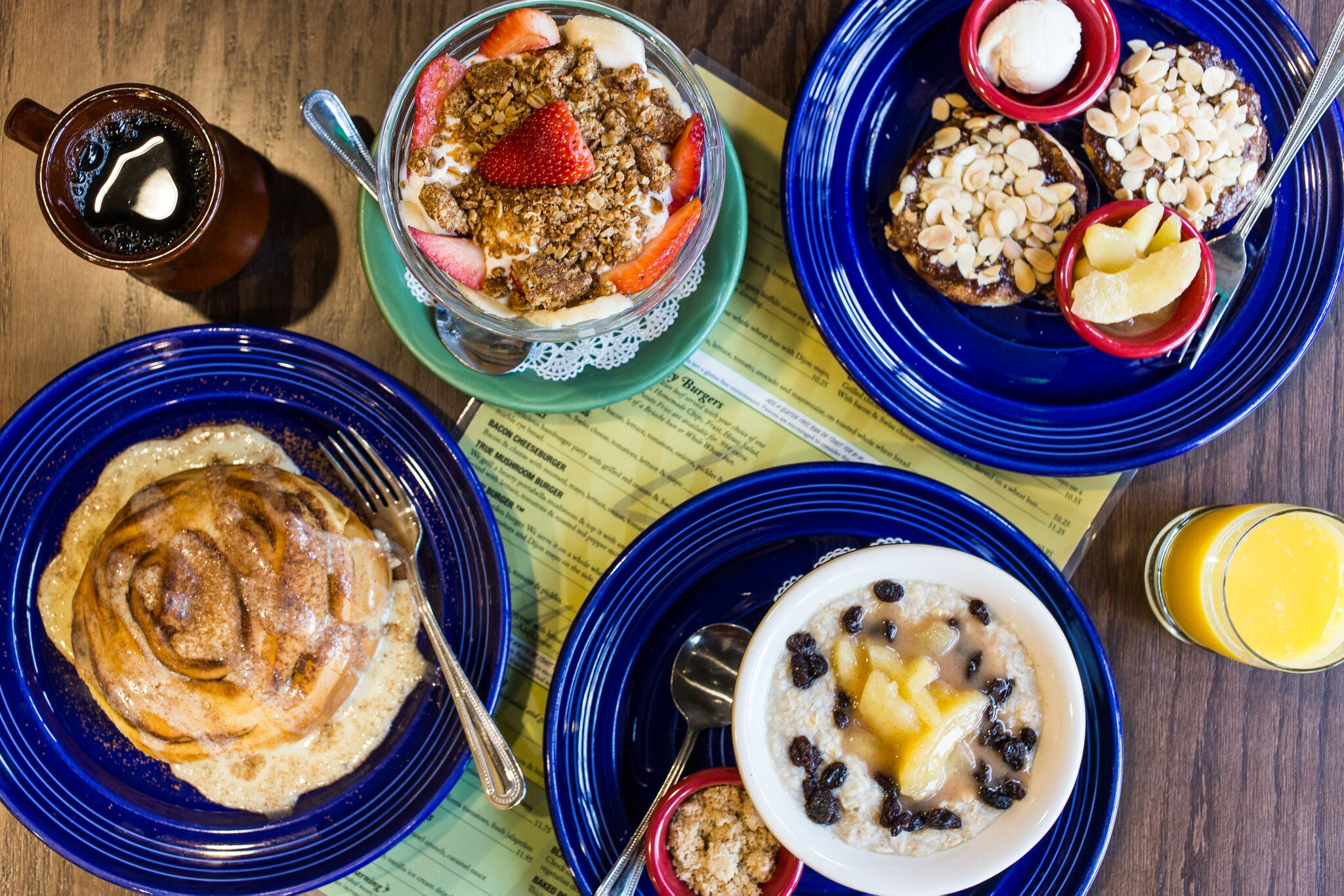 breakfast dishes at Le Peep