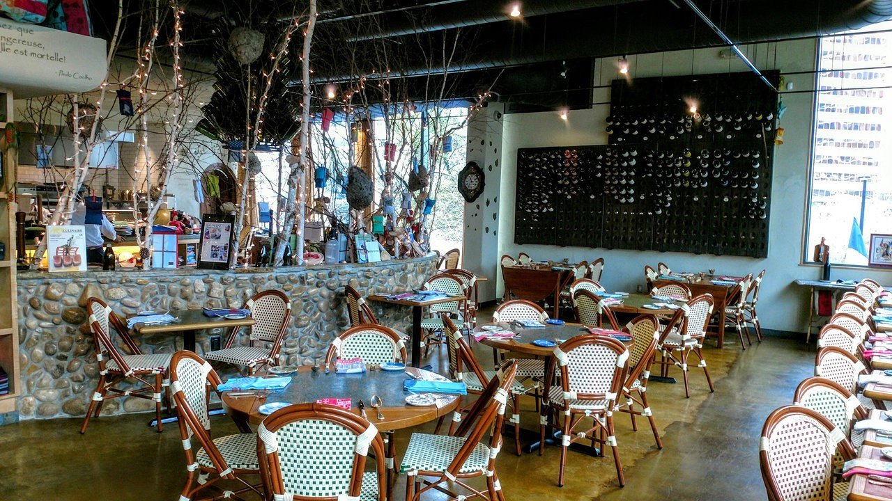 Photo of restaurant interior