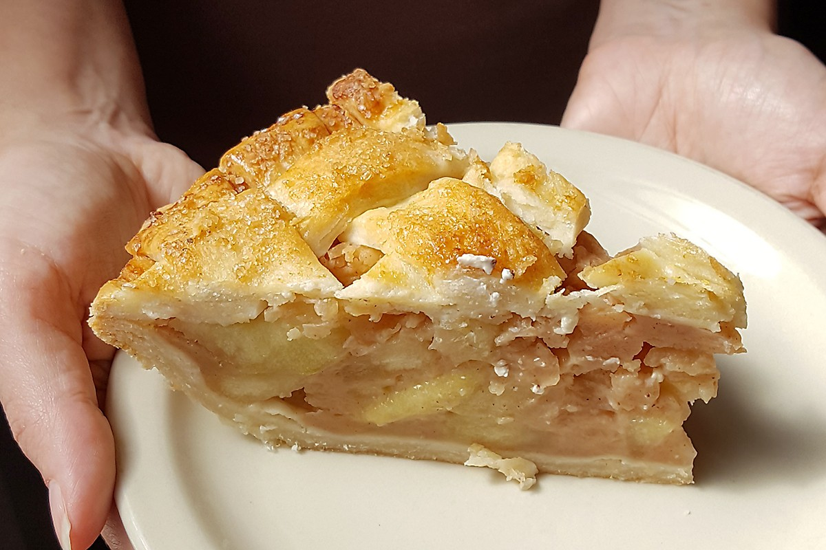 French Apple Pie at Brasil.