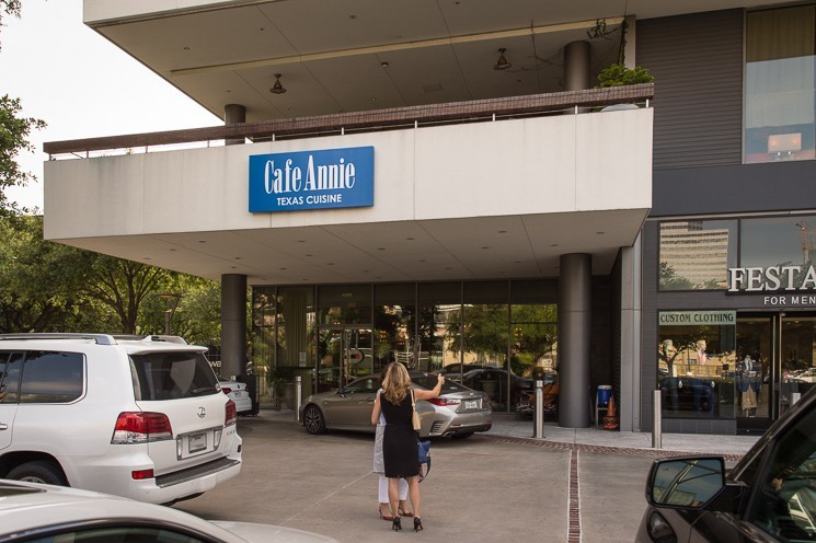 Exterior image of Cafe Annie.
