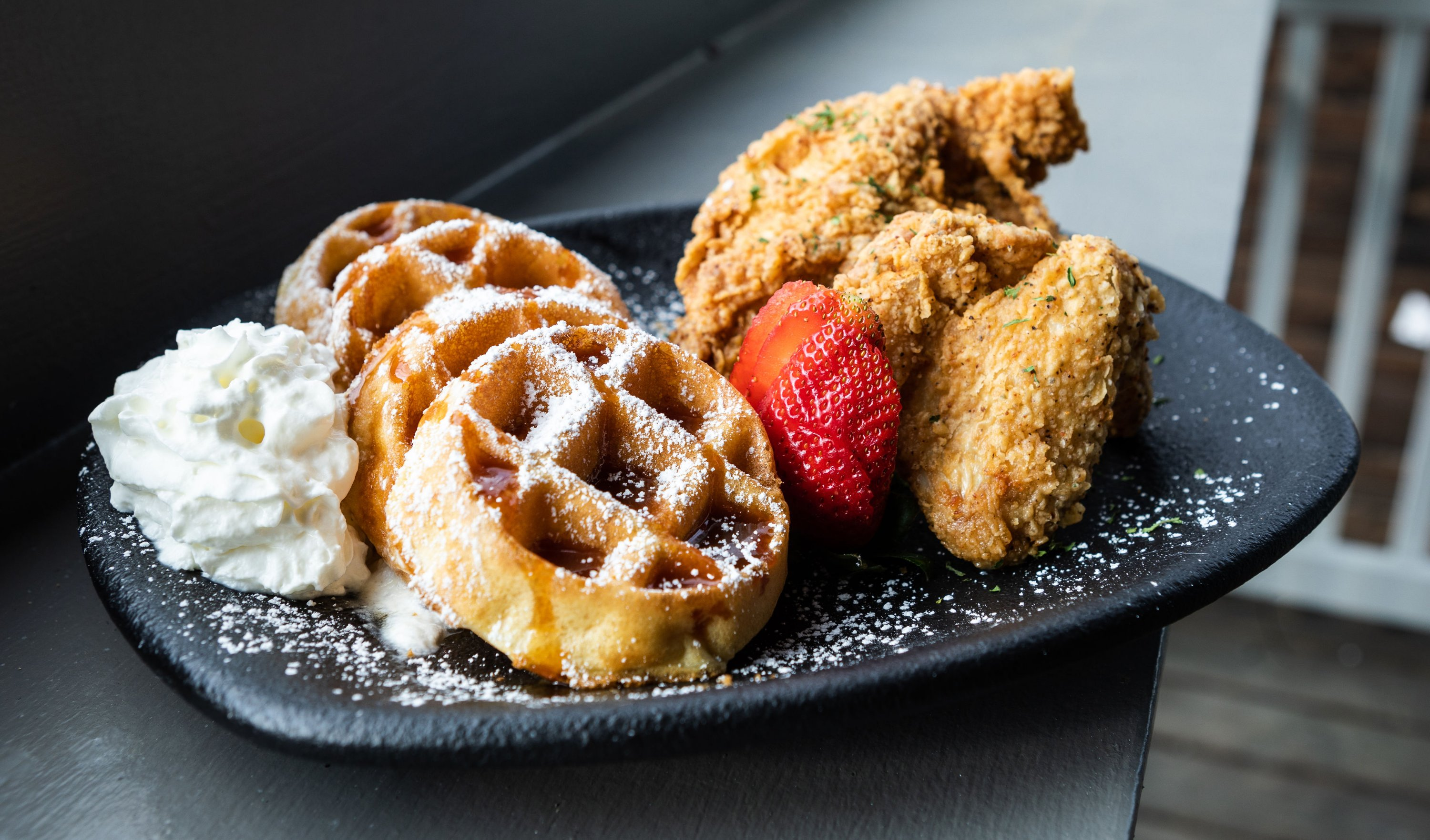 Restaurant With Chicken And Waffles And Late Night Hours Now