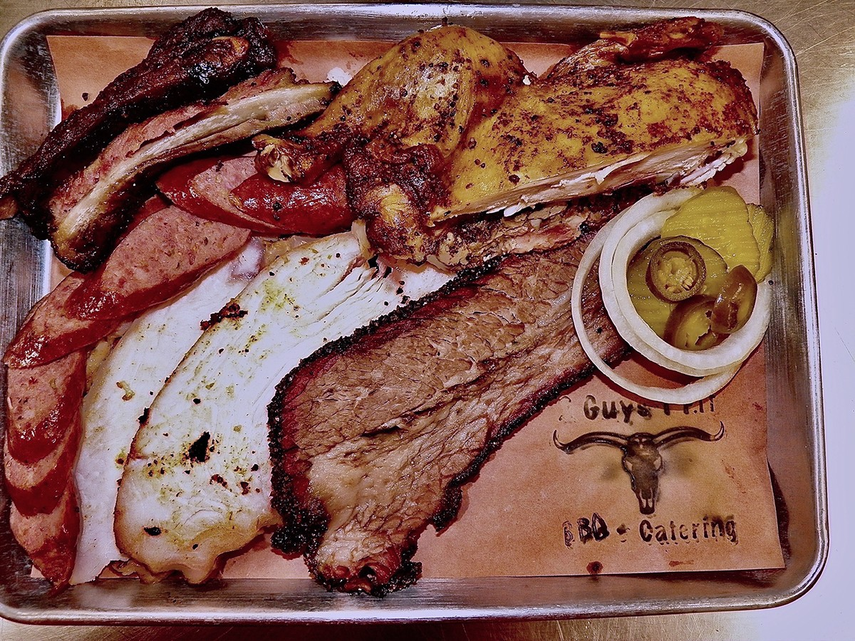 A tray of barbecue from 2 Guys 1 Pit in Spring, Texas