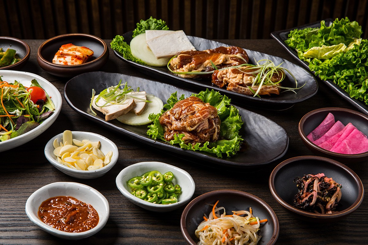 bulgogi and marinated pork rib with banchan at BORI