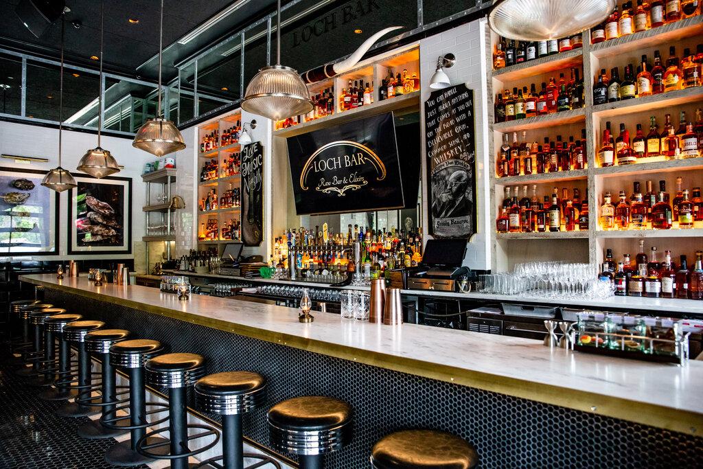 Photo of the bar at Loch Bar