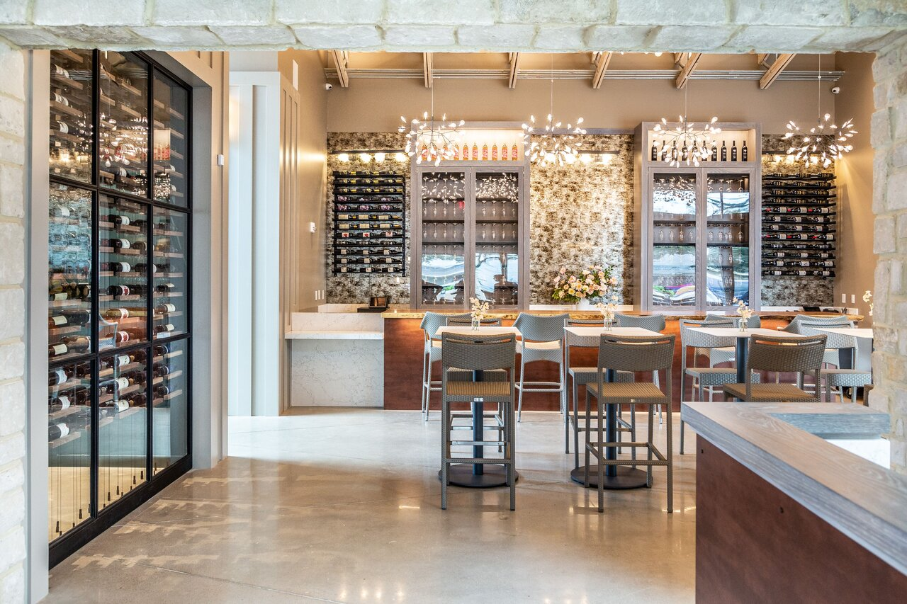 Picture of a bright and airy bar at Mutiny Wine Room