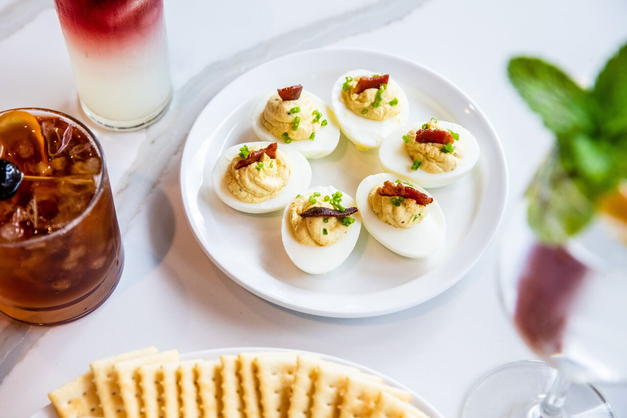 Picture of a plate of deviled eggs.