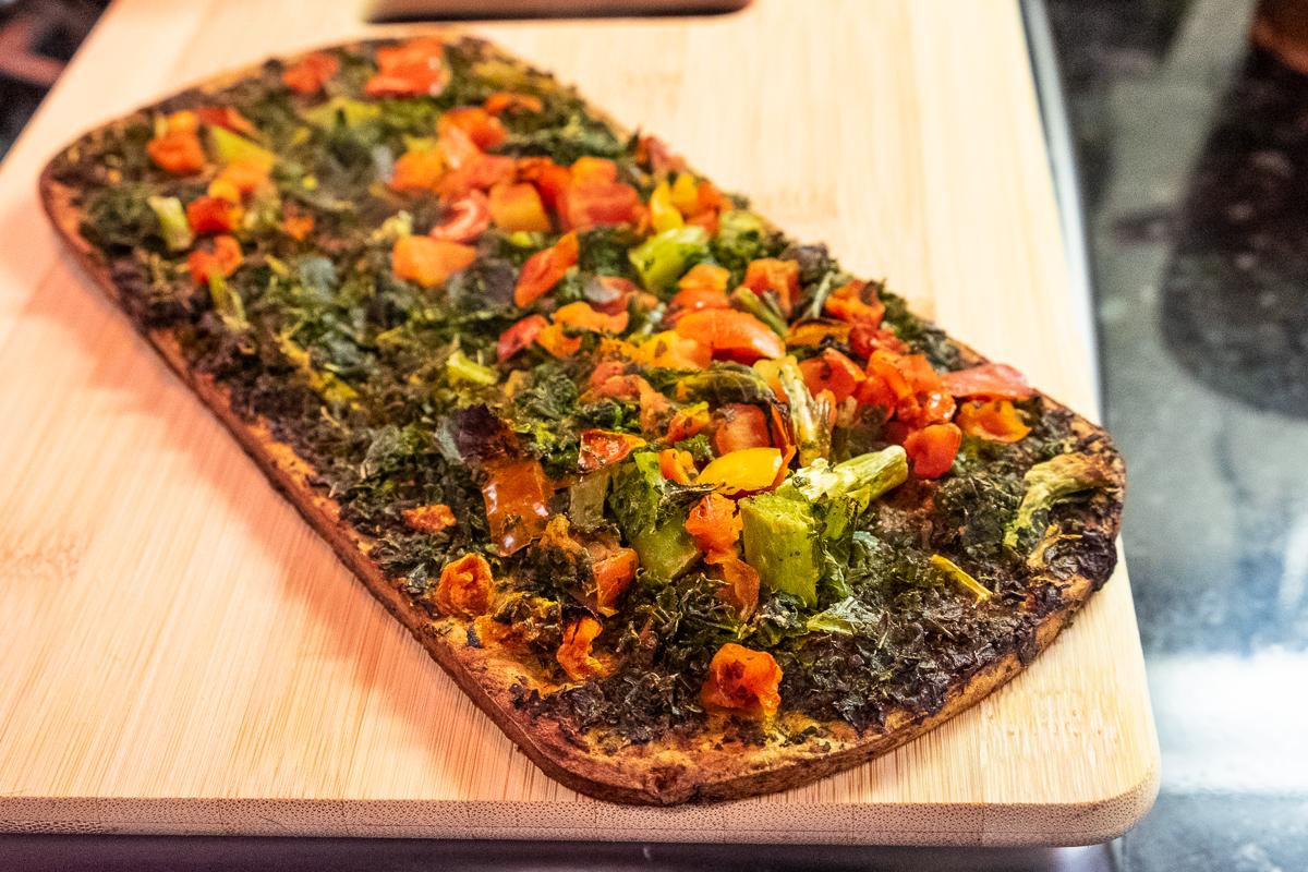 Daily Harvest Tomato + Basil Broccoli Flatbread