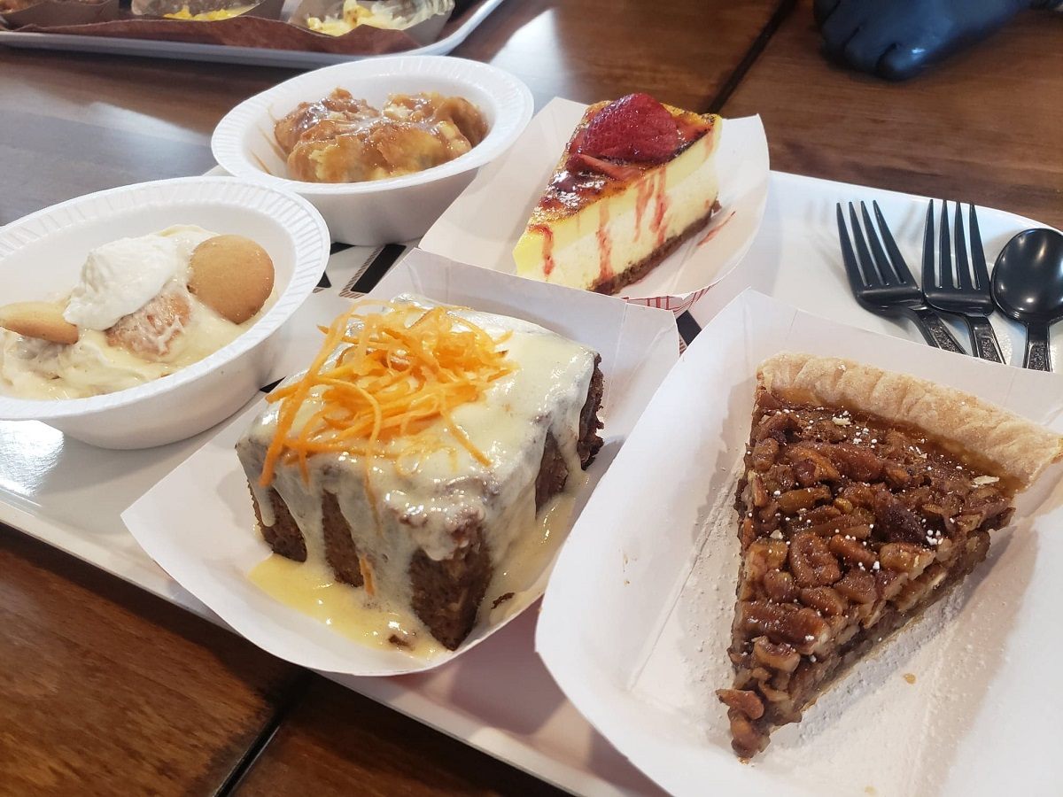 desserts at killen's barbecue