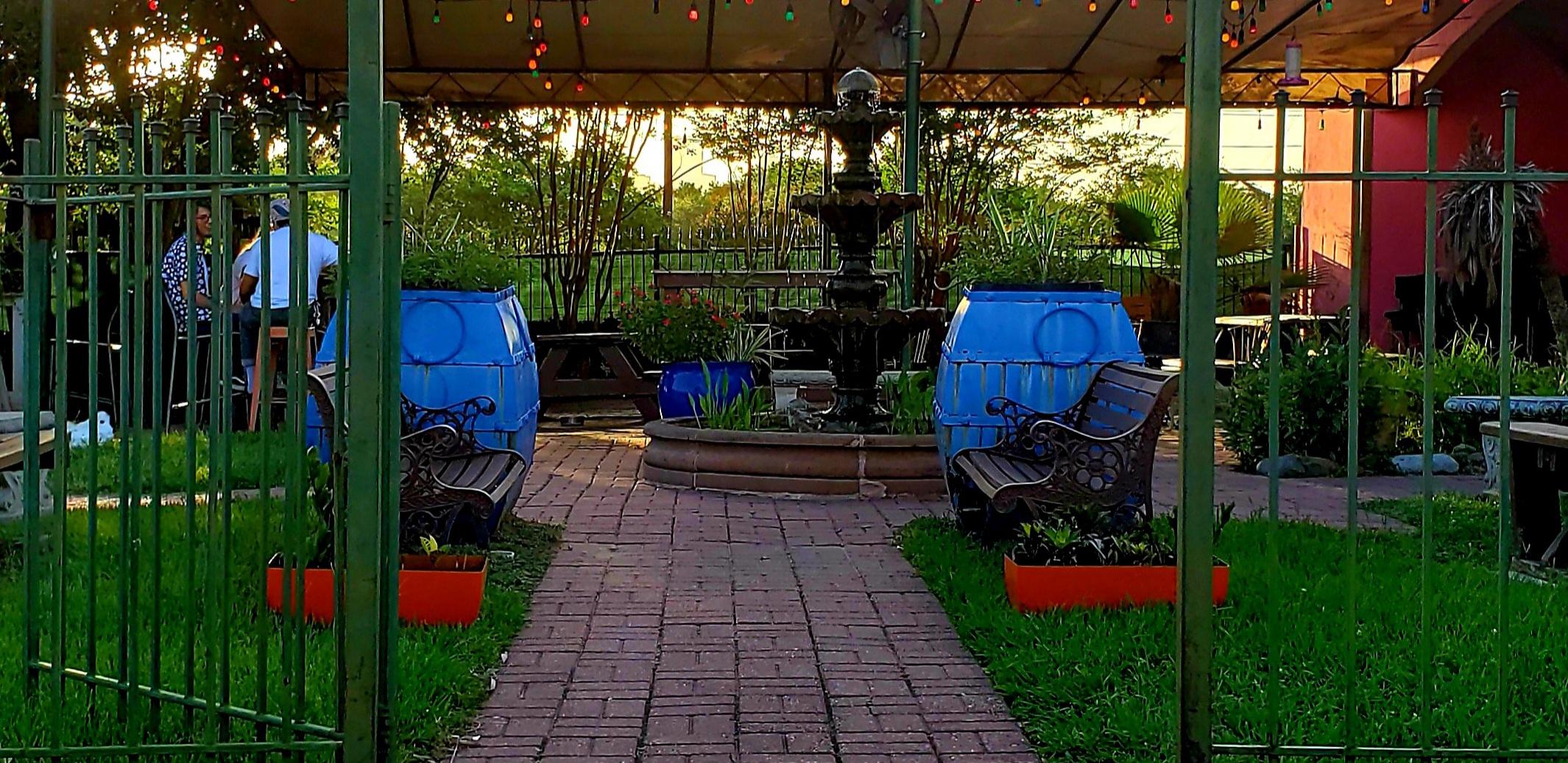 Bohemo's patio