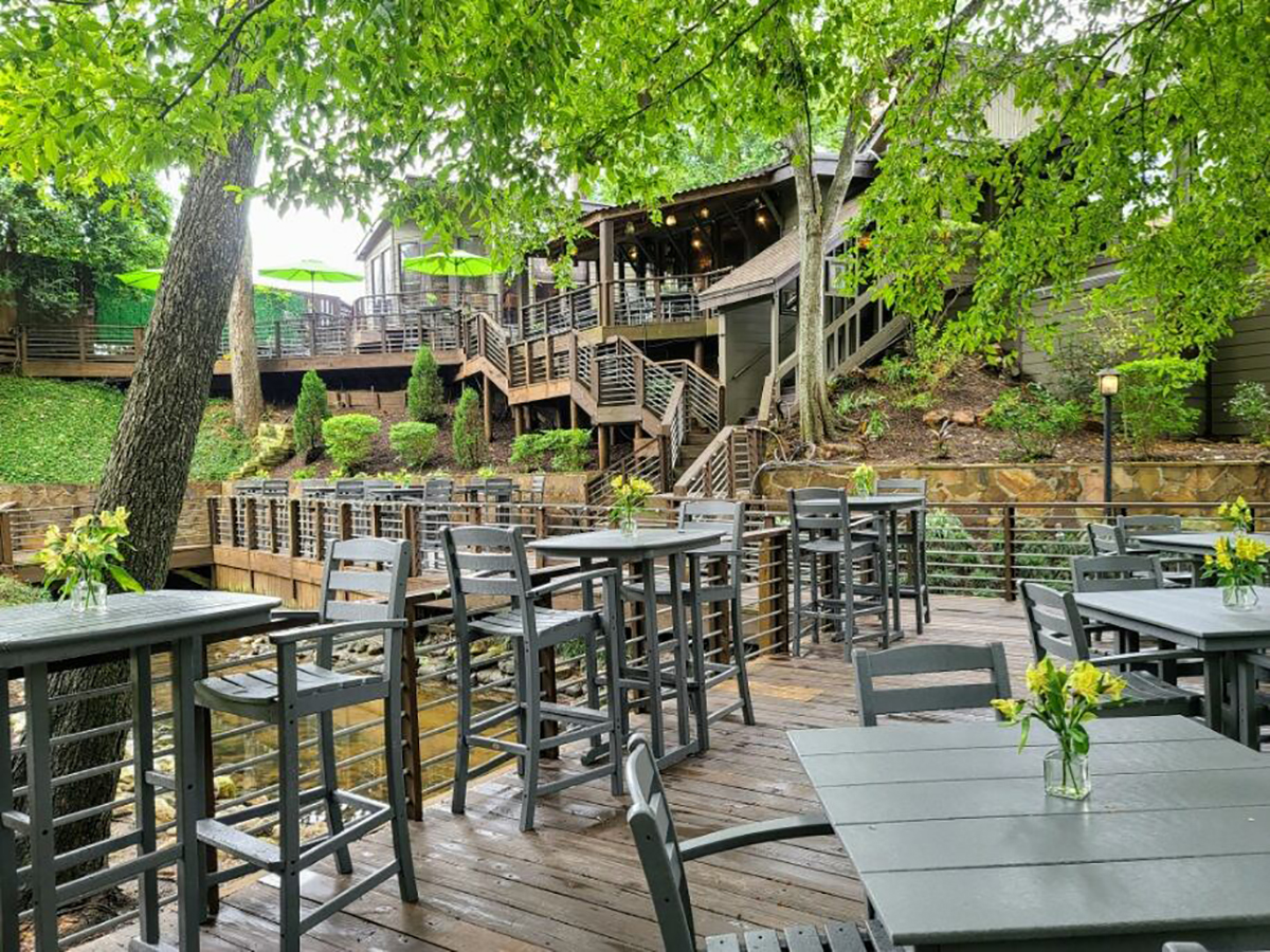 Rainbow Lodge patio